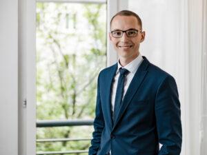 Finanzmakler Maximilian Fuchs